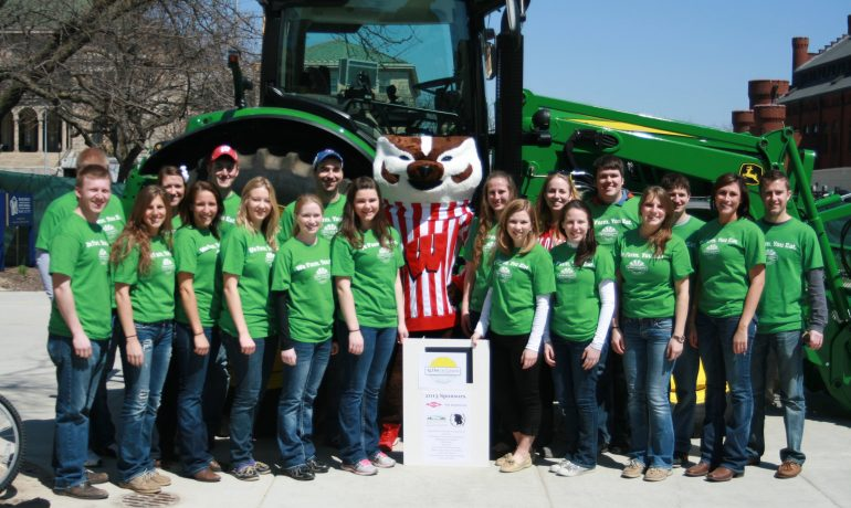 Ag Day on Campus Brings Together Students, Public and Farmers
