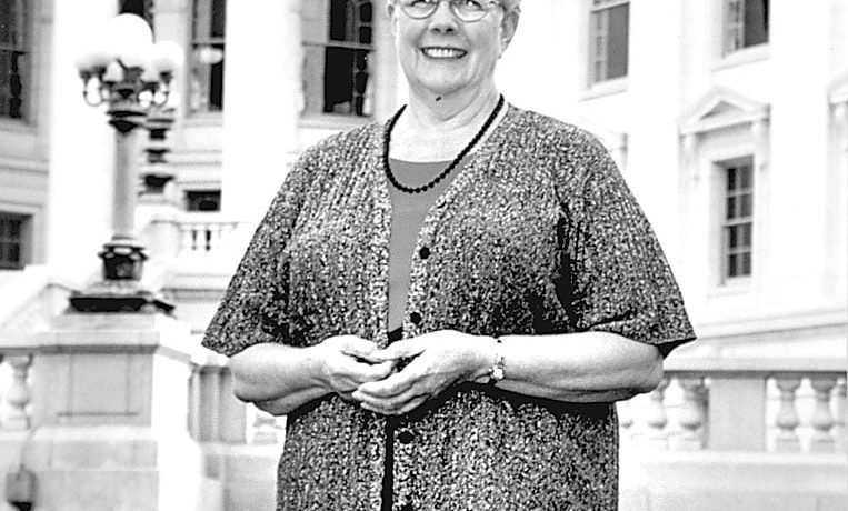 Ag News Editor Leaves Legacy of Integrity, Tenacity and Professionalism as She Retires