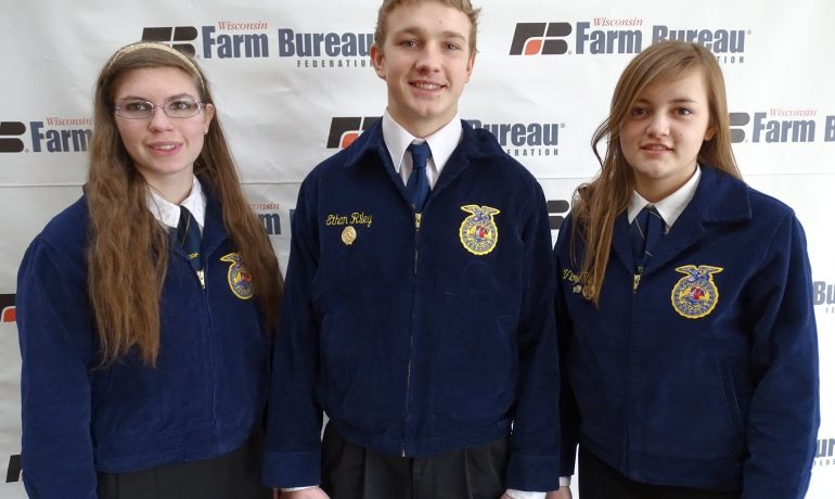 Wisconsin Farm Bureau Hosts FFA Farm Forum