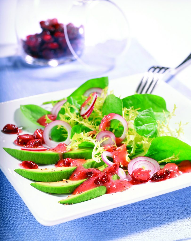 Spinach & Cranberry Salad with Avocado