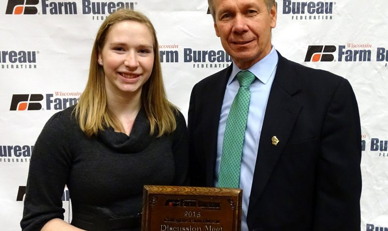 Kelly Wilfert is Farm Bureau's Collegiate Discussion Meet Winner